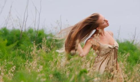 Cabelos arrumados e leves mesmo ao vento é o que todo mundo quer!
